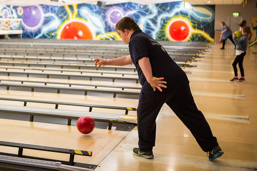 Bowling-09