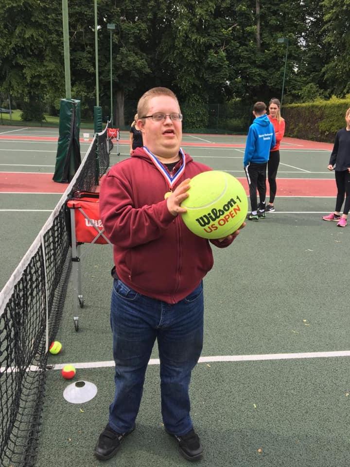 tennis JW
